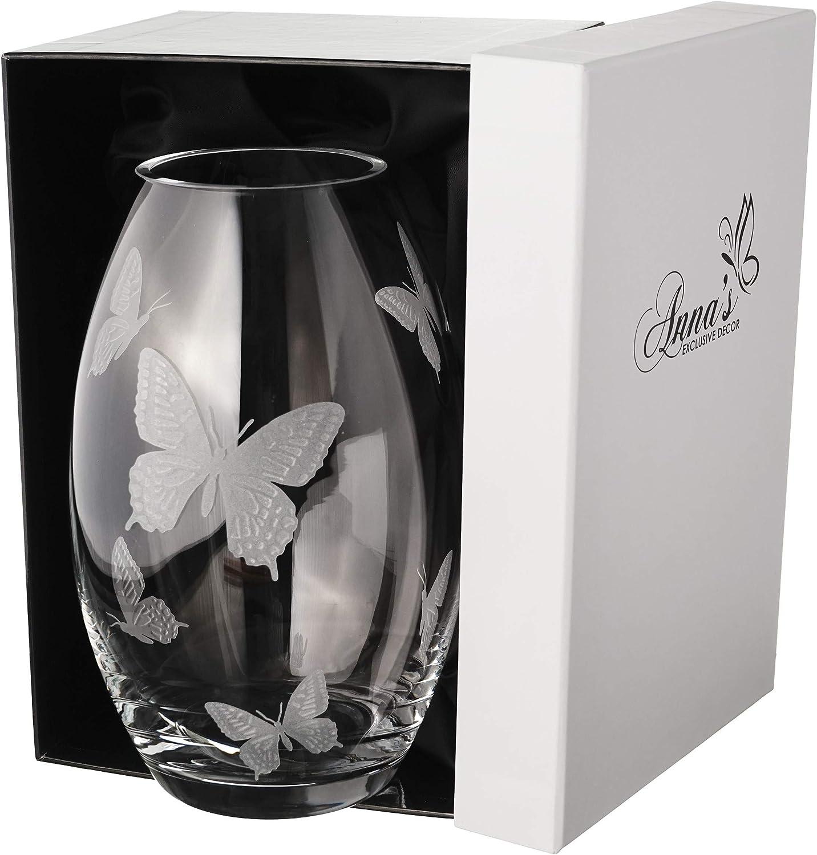 Annas Exclusive Decor Vase Papillon en Verre Fait /à la Main dans Un /él/égant Coffret Cadeau doubl/é de Satin 23 cm D/écor/é avec des Papillons sabl/és Transparent Design europ/éen