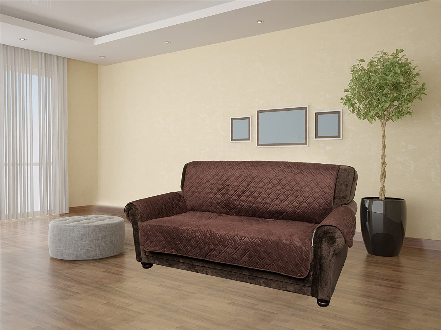 Quilted And Reversible Sofa Cover , Water Resistant & Stain Proof Couch  Cover , 2 Color