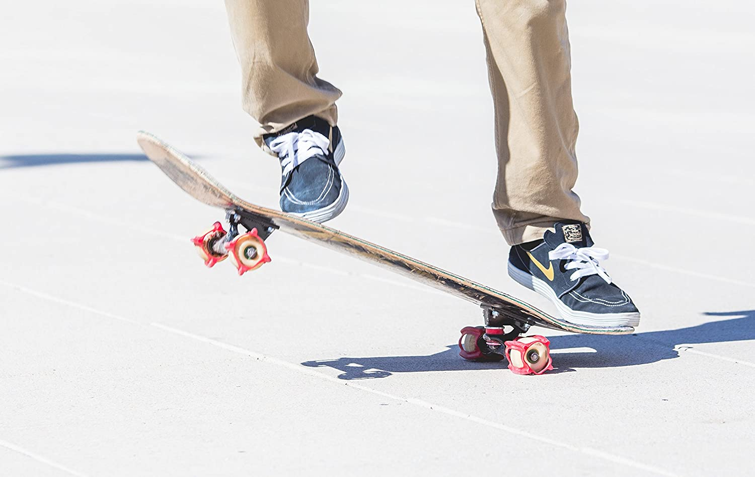 Learn The Rubber Skateboarding Accessory For Perfecting Your Ollie And Kickflip Practice And Land Tricks In No Time Skatertrainer 2 0 Wheels