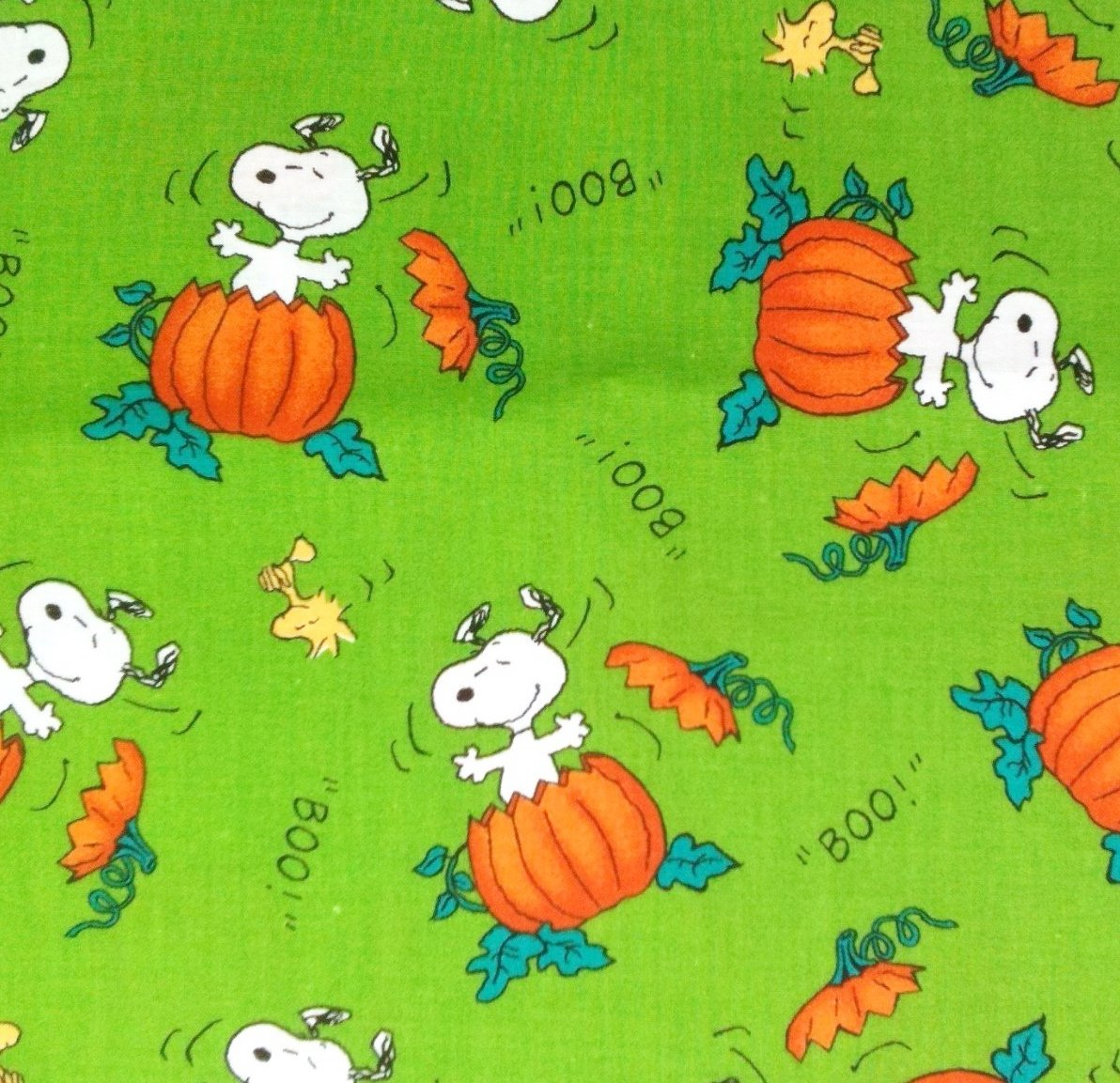 1/2 Yard - Snoopy & Woodstock The Great Pumpkin on Green Peanuts Halloween Fabric (Great for Quilting, Sewing, Craft Projects, Throw Pillows & More) 1/2 Yard X 44 Wide Concord Fabrics Inc.