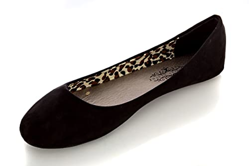a38724a90fa4 Charles Albert Women s Cobra Suede Basic Round-Toe Classic Ballet Flat in  Black Size