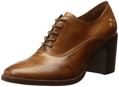 Patricia Nash Women's Anna Oxford,Tan,6 ...