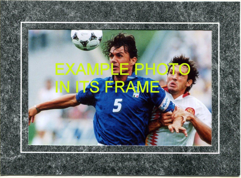 EDEN HAZARD Signed 6 X 4 Inch Soccer Photograph. Genuine Autograph. COA! Free Frame!