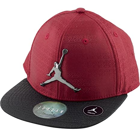 f1376d57235 Amazon.com  Nike Michael Jordan  23 Flow Motion Snapback Cap 8-20 Youth Hat  (Bull s Team Red Black)  Sports   Outdoors