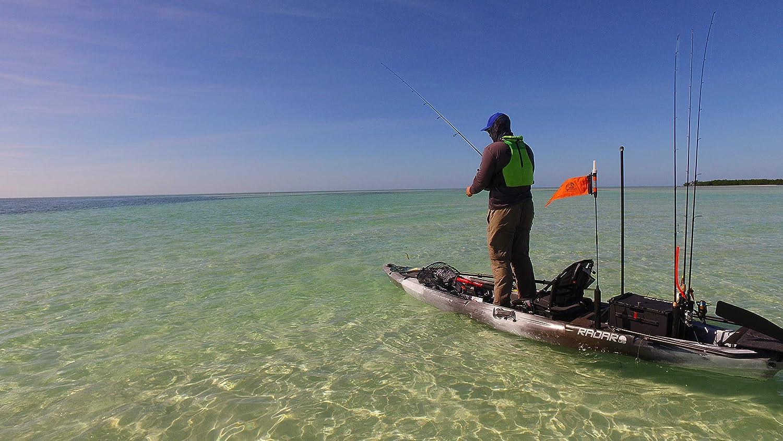 Amazon.com: Wilderness Systems Radar 135 - Kayak de pesca ...