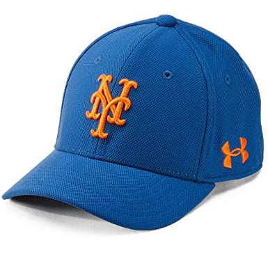 1386a359e7778 Under Armour Boy s MLB New York Mets Adjustable Blitzing Cap  Royal Explosive Size One Size