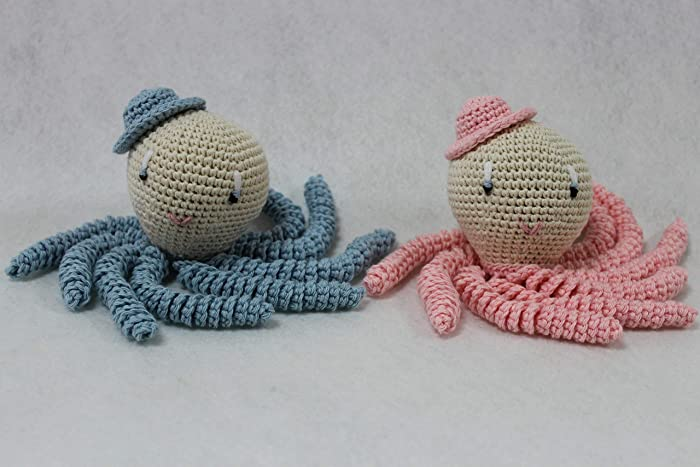 Pareja de pulpos amigurumi en colores rosa y azul bebé. Pulpos de ...