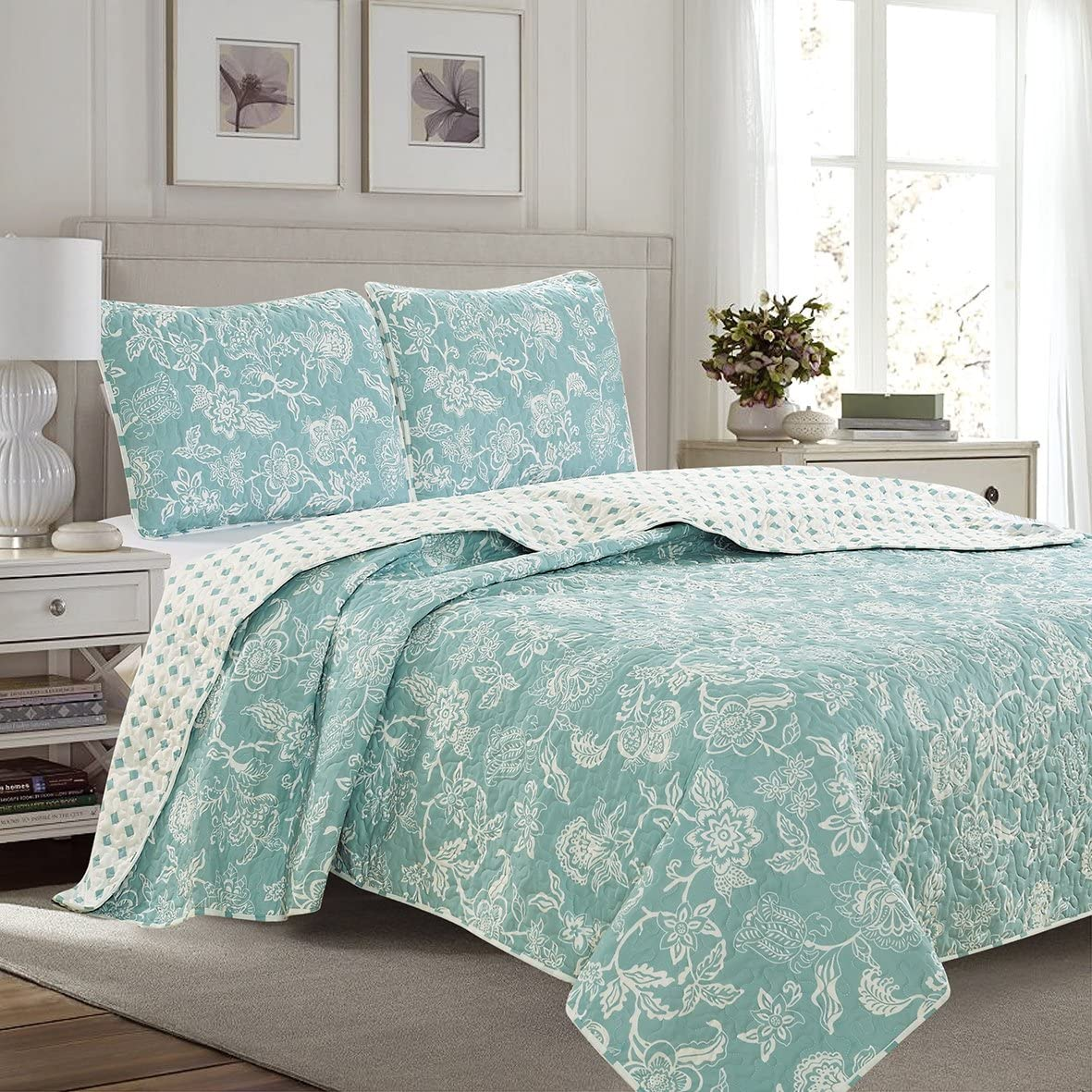 3 Piece Reversible Quilt Set With Shams All Season Bedspread With Floral Print Pattern In Contemporary Colors Emma Collection By Great Bay Home Brand Full Queen Blue Kitchen Dining