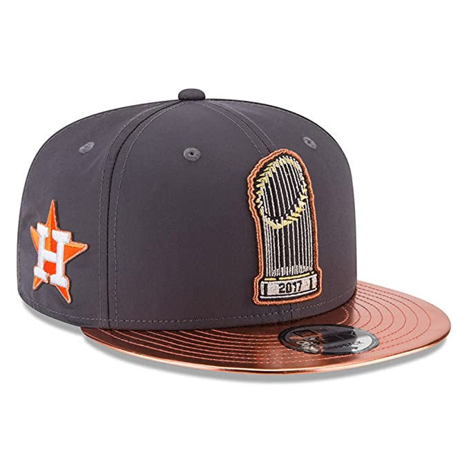 best cheap f4dd6 f4e37 Amazon.com   New Era Houston Astros 2017 World Series Champions Parade 9FIFTY  Adjustable Snapback Hat Graphite   Clothing