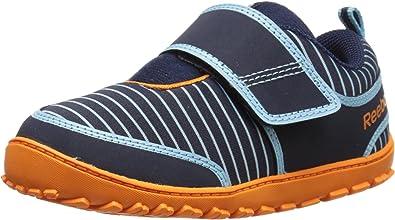 Pesimista camarera Naturaleza  Amazon.com: Reebok Ventureflex Quest Classic Shoe (Infant/Toddler): Shoes