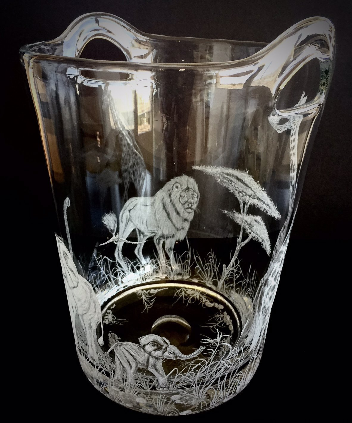 Hand Engraved Ice Bucket African Animals, Lion, Giraffe and Elephant, African Safari Scene, Engraved Bar Ware, Wedding Gifts Etched by Akoko Art Handengraved Crystal Glass (Image #5)
