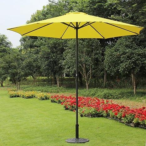 Attirant 9 Foot Decorative Market Umbrella With Crank And Tilt   Yellow