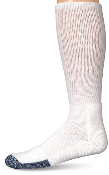 bd8a76f5732 Amazon.com  Thorlos Unisex B Basketball Thick Padded Over the Calf Sock   Clothing