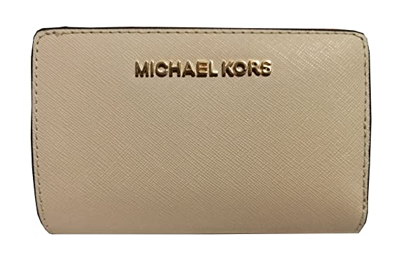 e46b0414ddc762 Image Unavailable. Image not available for. Color: Michael Kors Jet Set  Travel Bifold Zip Coin Leather Wallet Ecru
