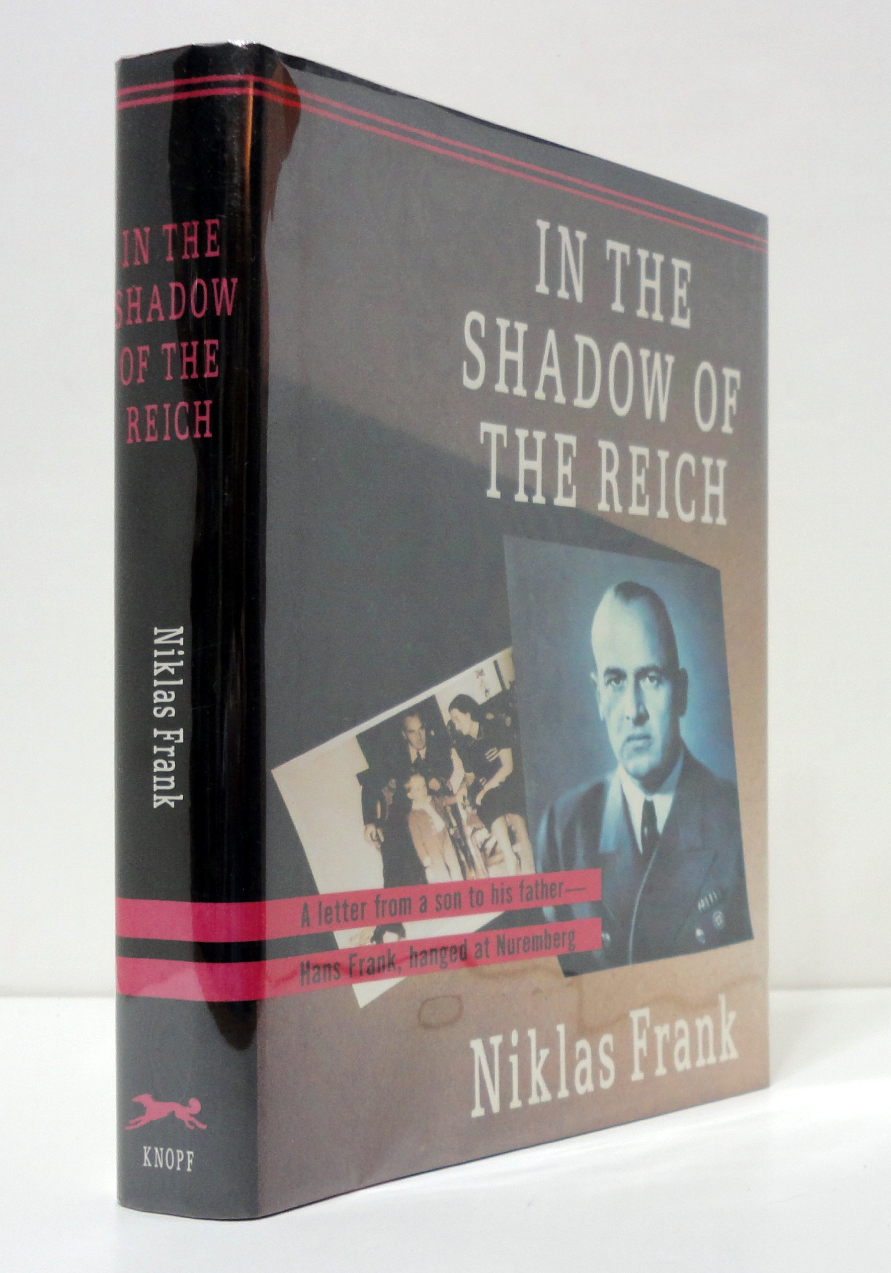 In The Shadow Of The Reich: Niklas Frank: 9780394583457: Books  Amazon
