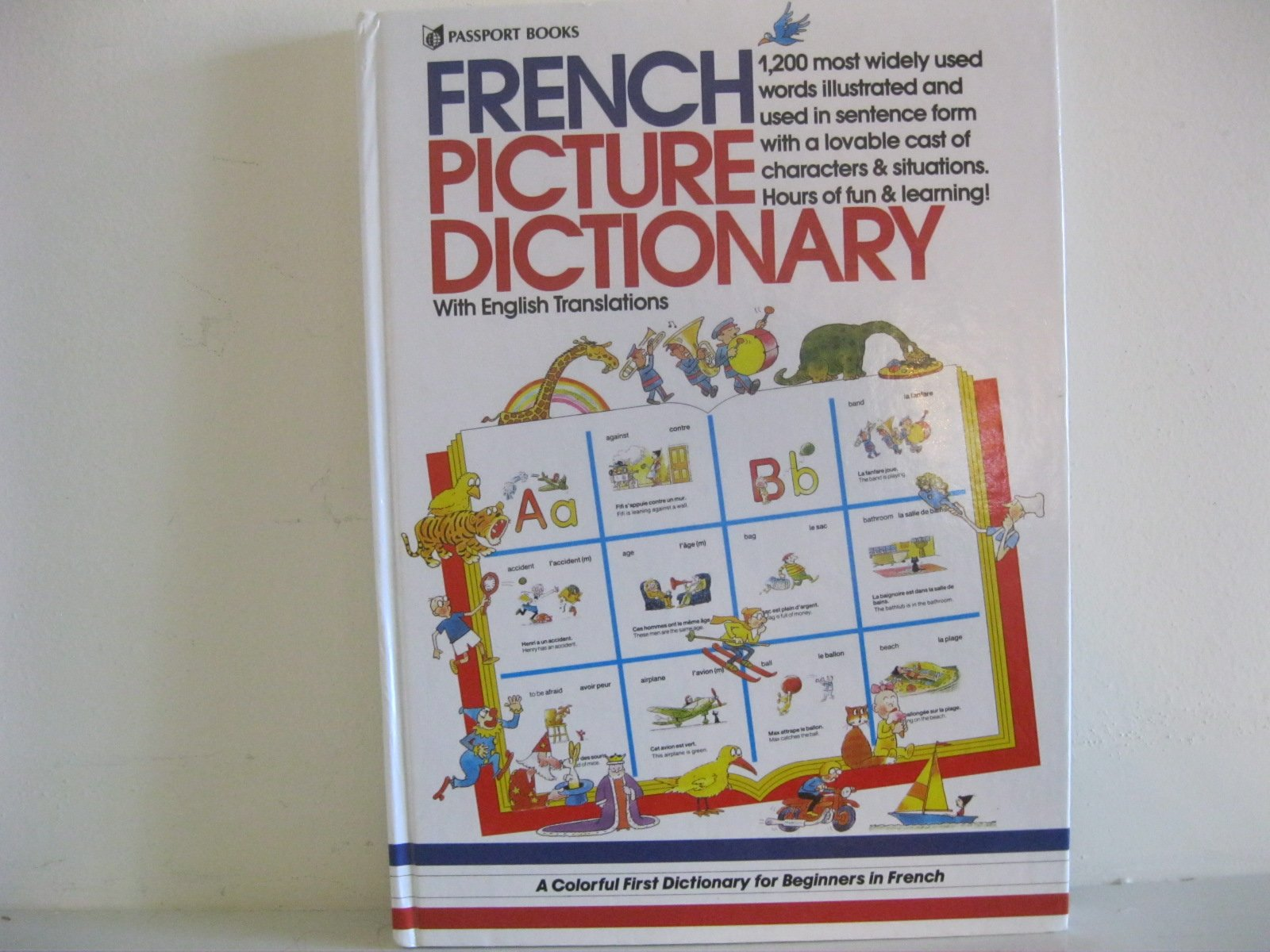 French Picture Dictionary (English and French Edition)