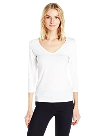 536989e28 Amazon.com: Majestic Filatures Women's Basic 3/4 Sleeve V-Neck Tee W/Flat  Edge Trim: Clothing