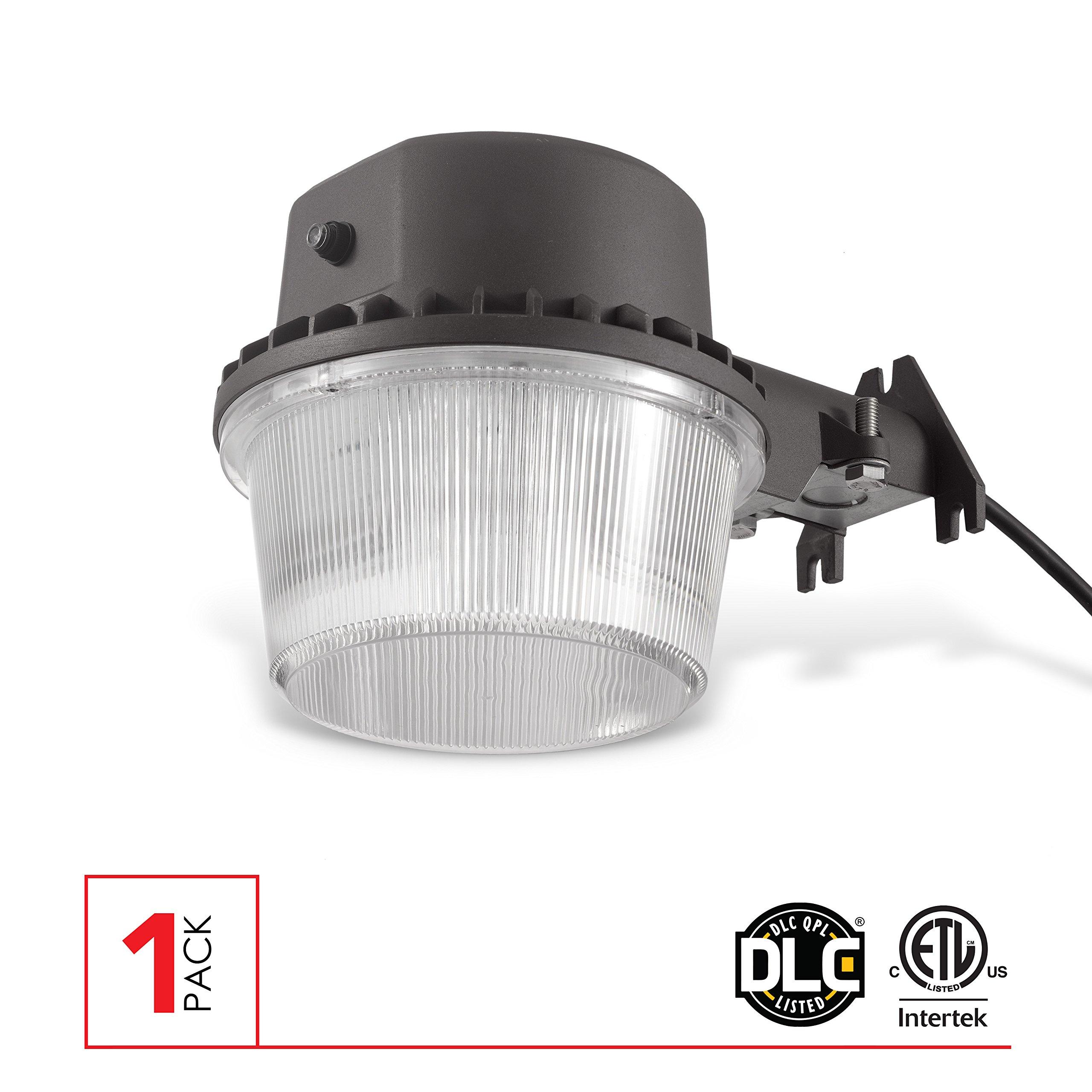 LED Dusk-To-Dawn Barn Light Outdoor Flood Light With Photocell, 35W, 3500 Lumens, 5000K, CRI 80, IP65, ETL-DLC 4.0 Listed, 1 Pack.