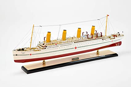 "RMS Titanic Ocean Liner Wooden Model 40/"" White Star Line Cruise Ship Boat New"