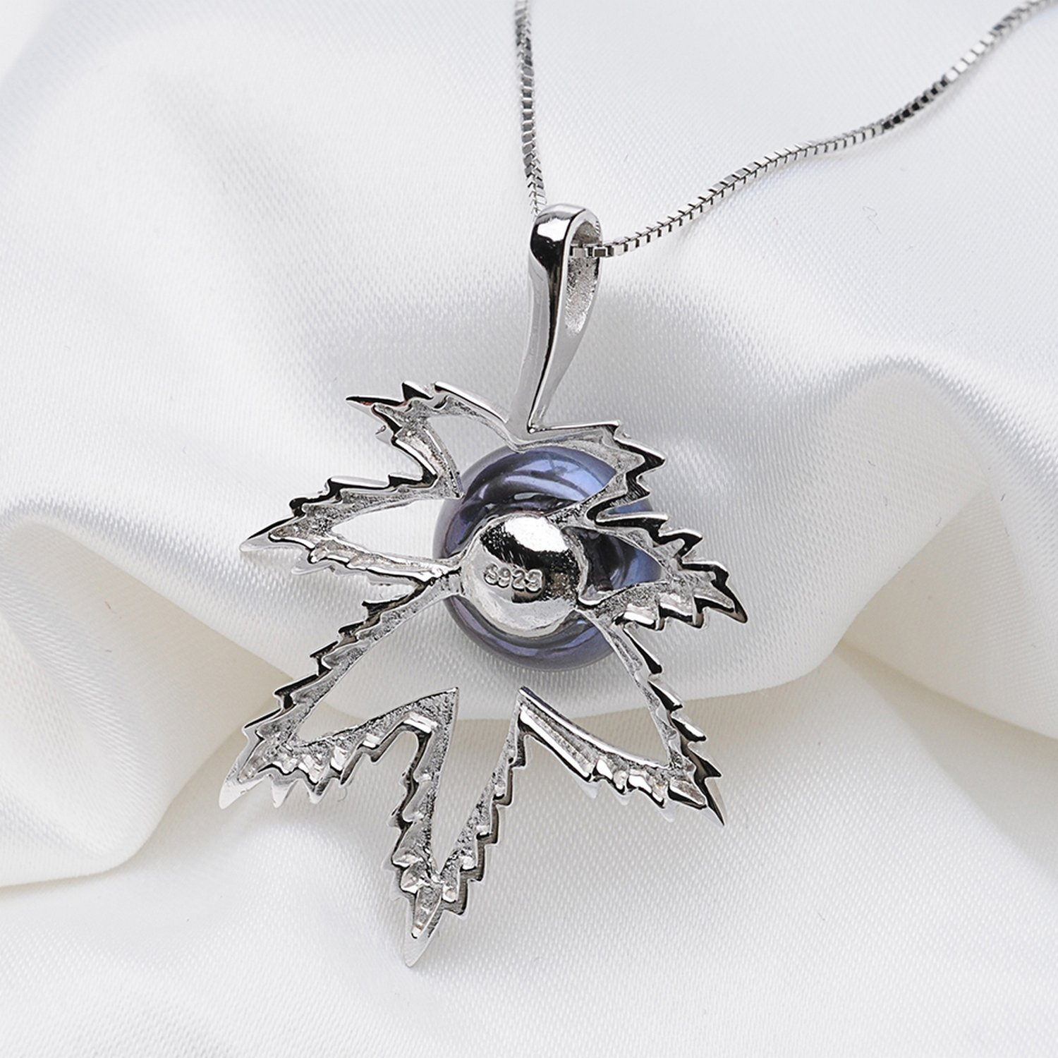CS-DB Pendants Maple Leaf Shape Black Pearl Silver Necklaces