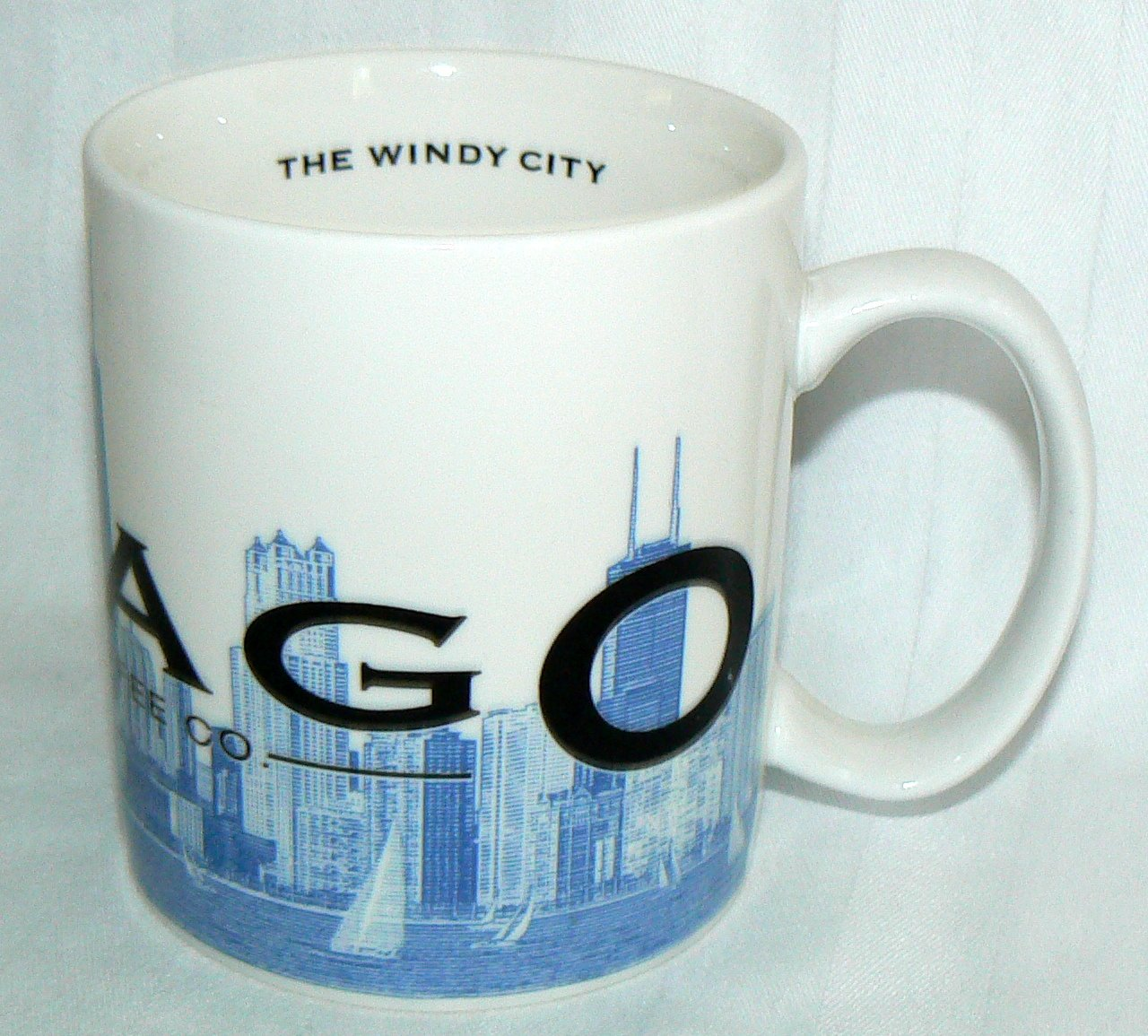16bee7d96cc Amazon.com | Starbucks Coffee 2002 Skyline Mug Chicago 16 oz.: Coffee Cups: Coffee  Cups & Mugs
