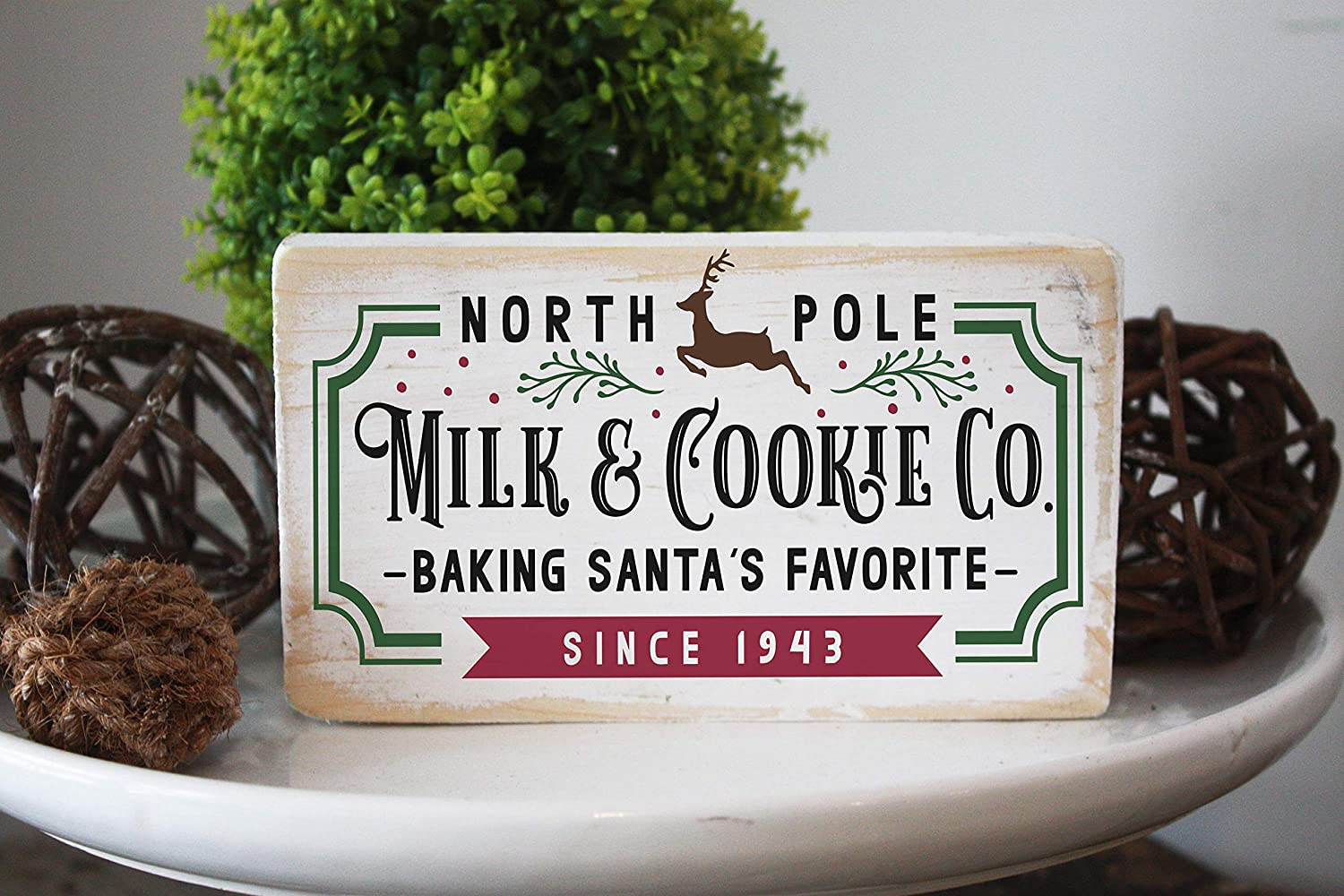 RDse5s5 North Pole Milk and Cookie co Vintage Style Christmas Decor Wood Sign Best Gift for mom and Family Friends Housewarming Decor Farmhouse Vintage Chic Modern Style