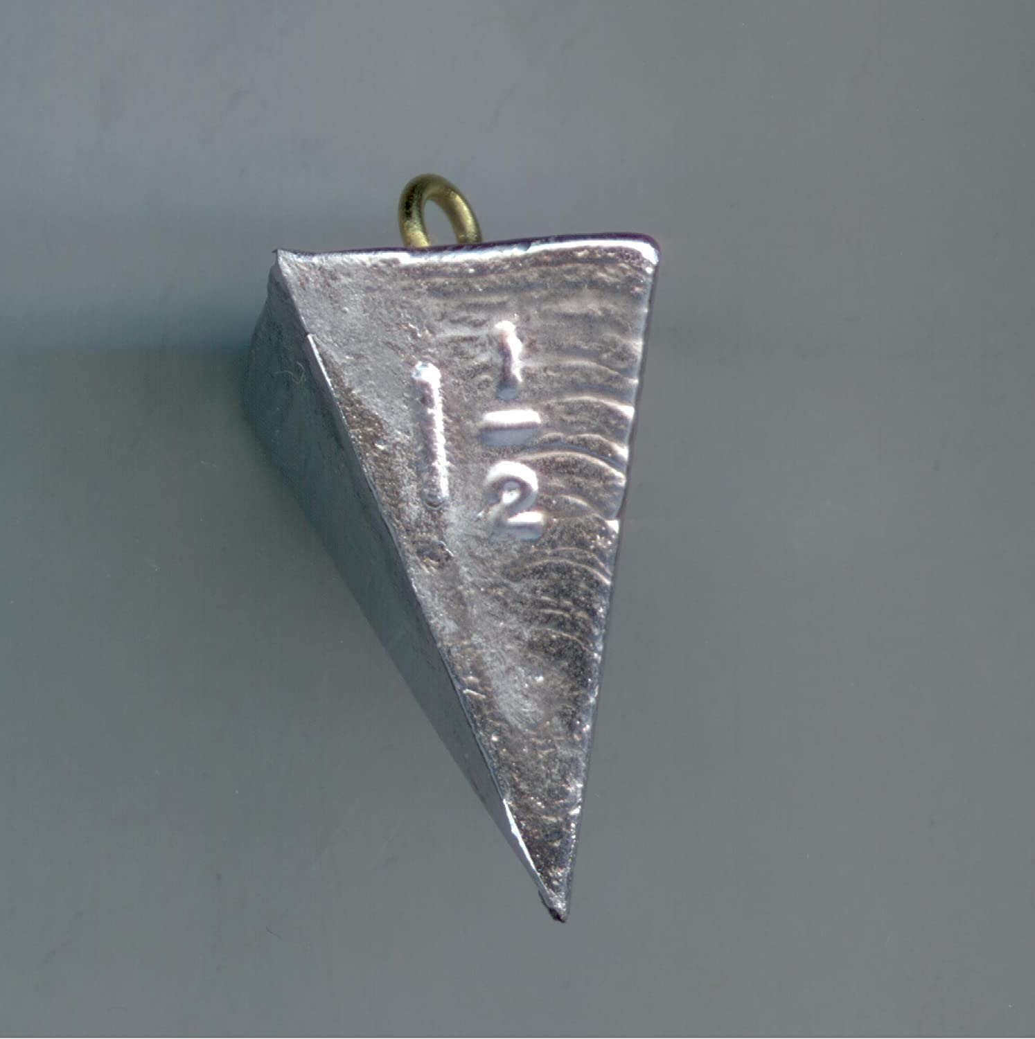 4 oz Pyramid Fishing Sinker// Weight 1 pack of 3 sinkers.