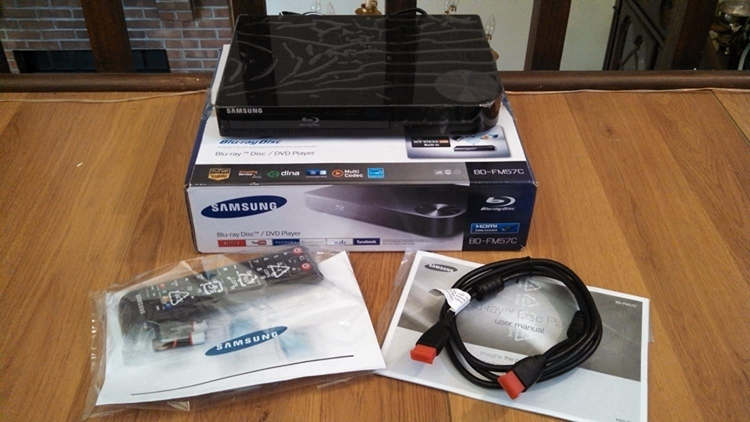 Samsung BD-FM57C Blu-Ray Player with Wi-Fi Streaming and HDMI Cable