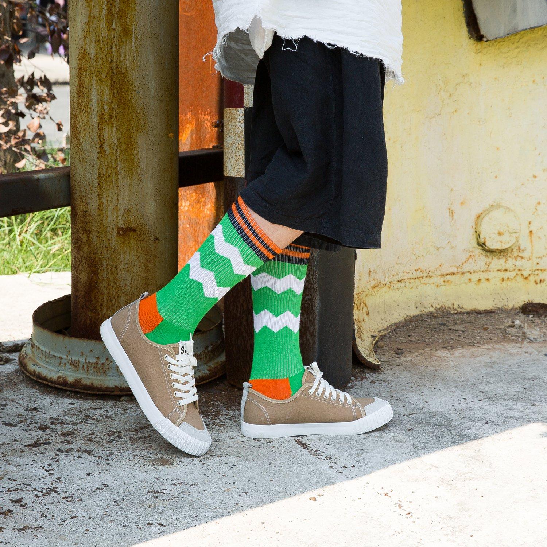 4820e52db4981 Amazon.com: LEADSY Men Colorful Sports Athletic Compression Socks 2 Packs  Fashionable Novelty Funny Argyle Dress Socks: Clothing