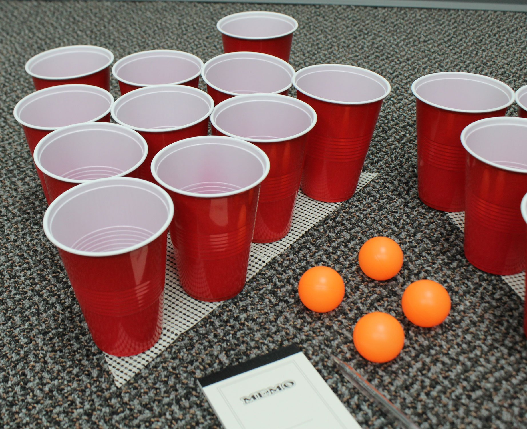 Perfect Life Ideas 30 Pc Beer Pong Set Cool Fun Beer Drinking Party Game to Play for Adults College Students - Includes Cups, Balls, Game Anti Skid Mat More