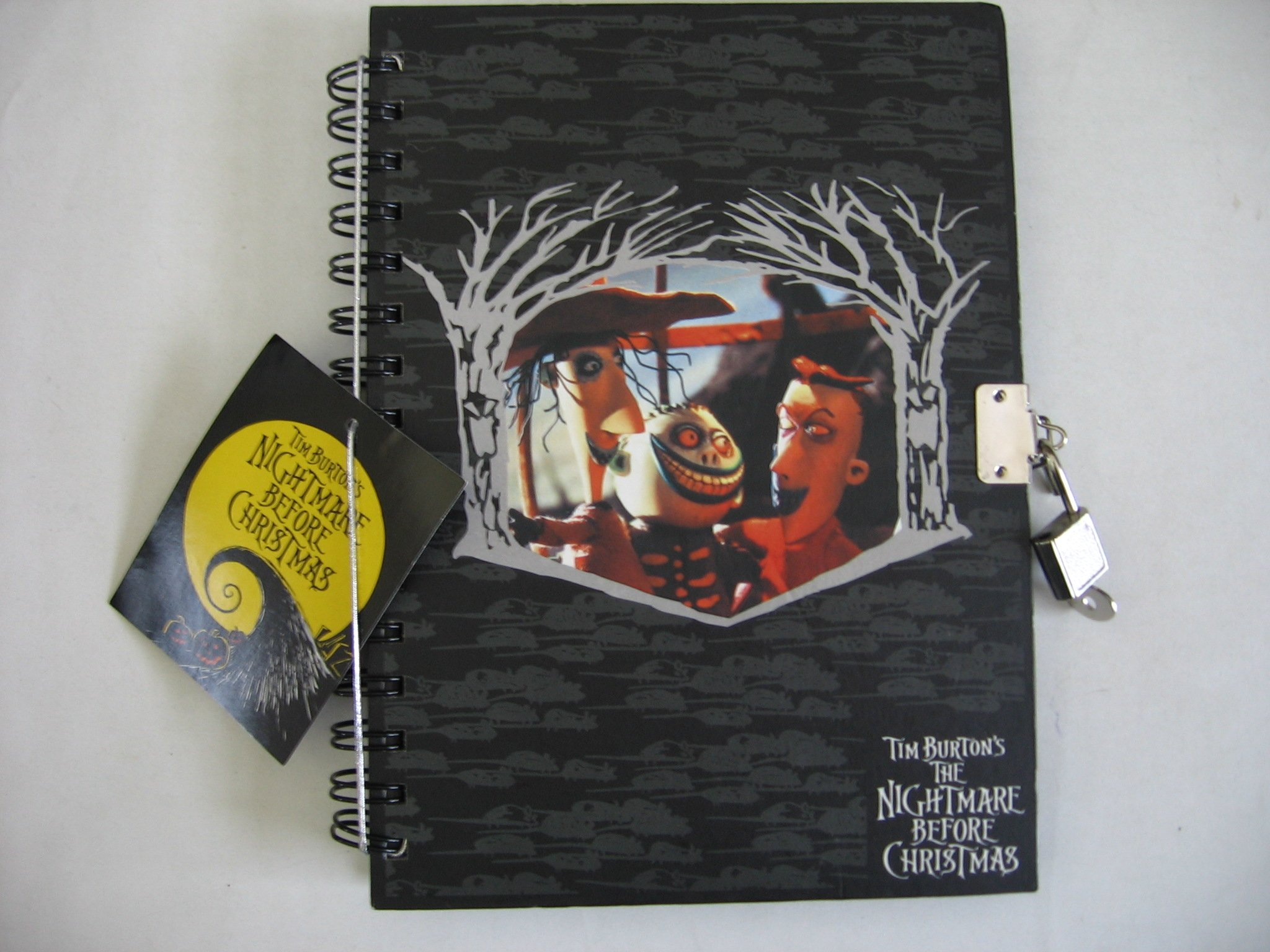 Tim Burton\'s Nightmare Before Christmas Journal: Tim Burton: Amazon ...