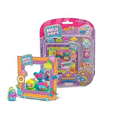 MOJIPOPS - Photo Pop con 4 figuras MojiPops, variedad de accesorios y escenario: Juguetes y juegos
