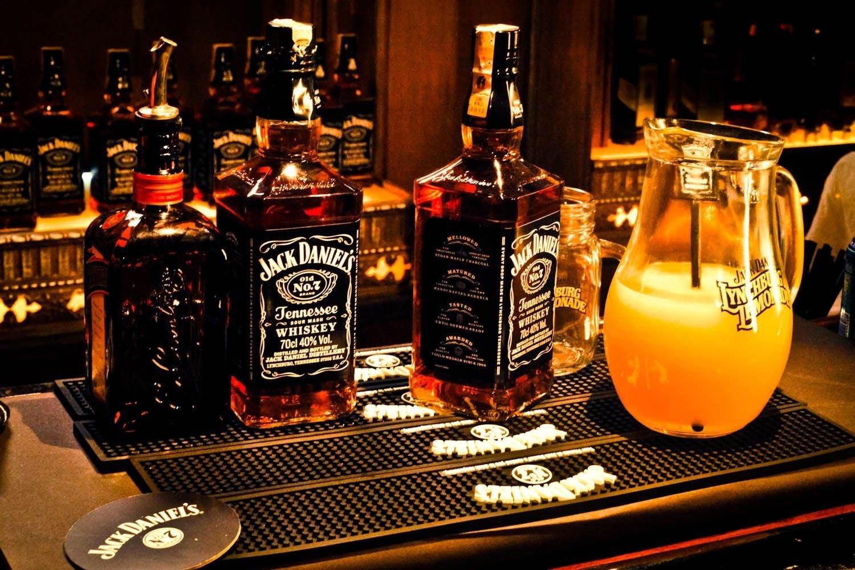 Amazon.de: Jack Daniels JD01 Jumbo Kühlschrank Magnet