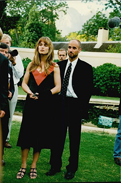 Vintage photo of Andre Agassi with his wife Brooke Shields at a dinner organized by Nelson