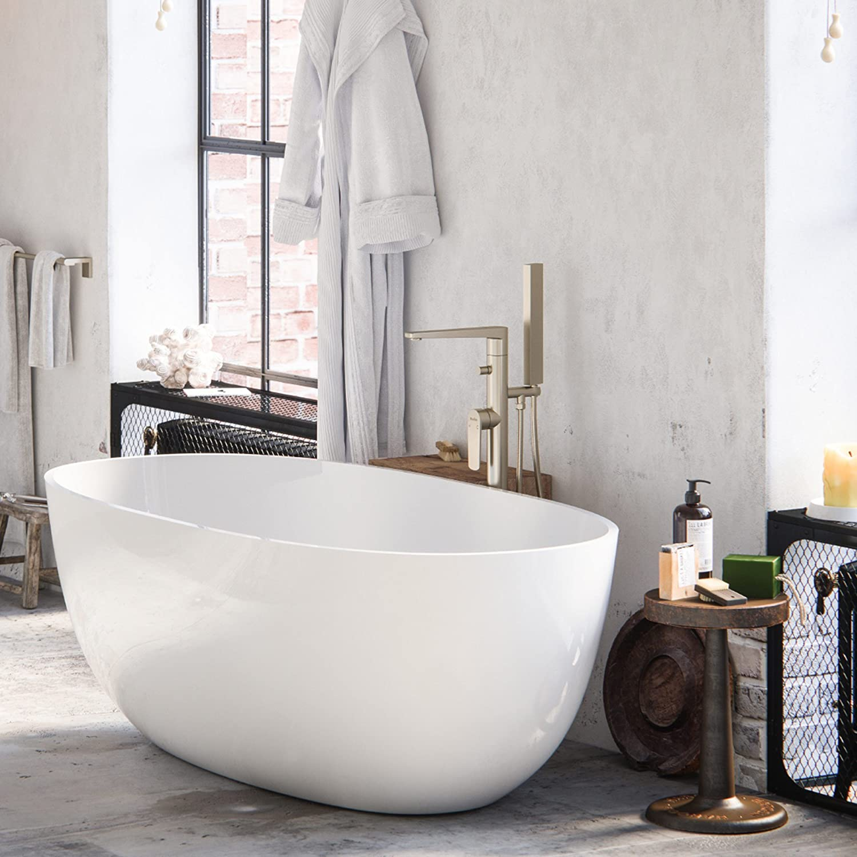"""MAYKKE Barnet Modern 61"""" Oval Acrylic Bathtub"""
