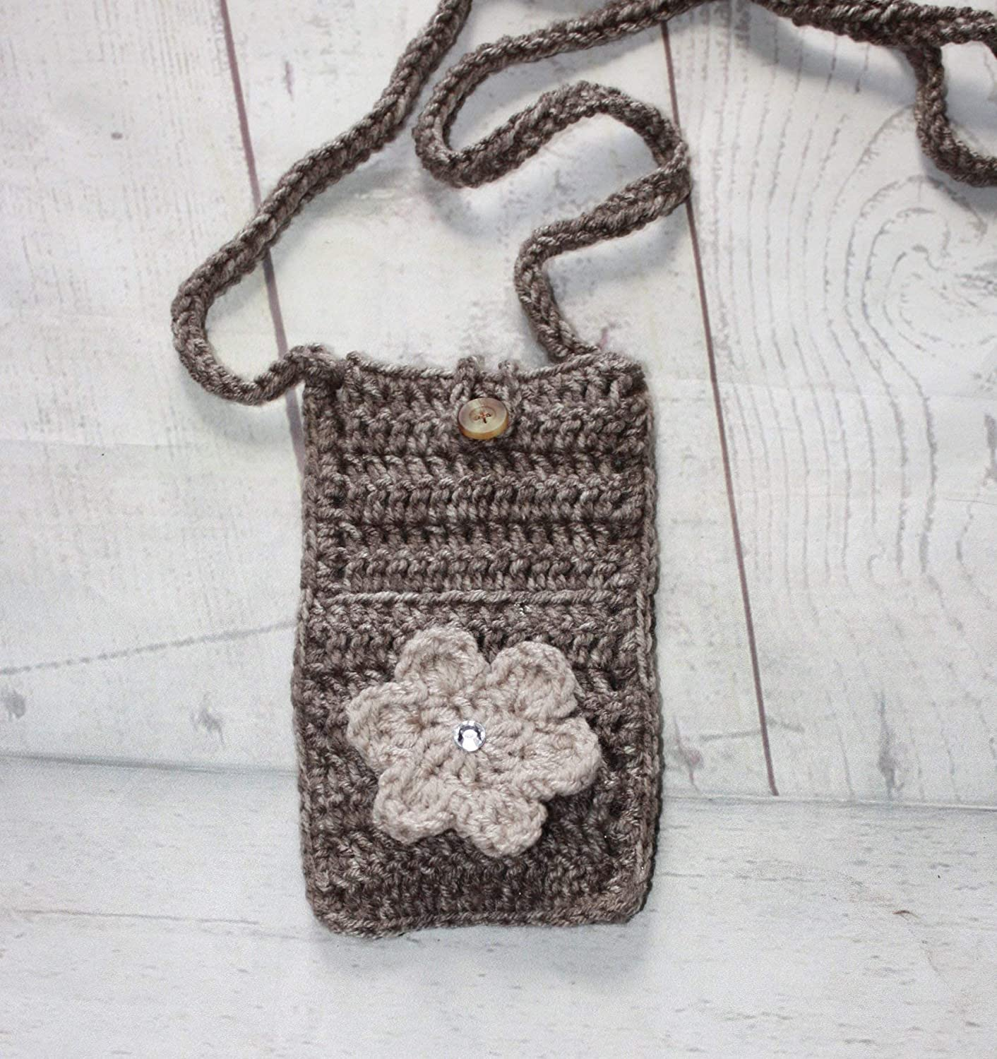 Cross body cell phone bag, cell phone pouch, crochet bag, cell phone sleeve