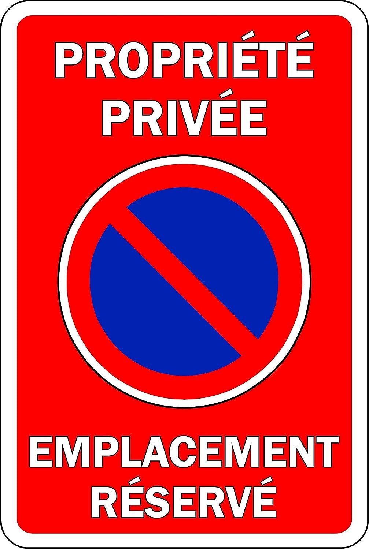 Cartel de Propiedad privada con ubicación reservada ...