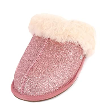 8799d9eee3e UGG Women s Scuffette II Sparkle Suede Sheepskin Slipper Pink   Amazon.co.uk  Shoes   Bags