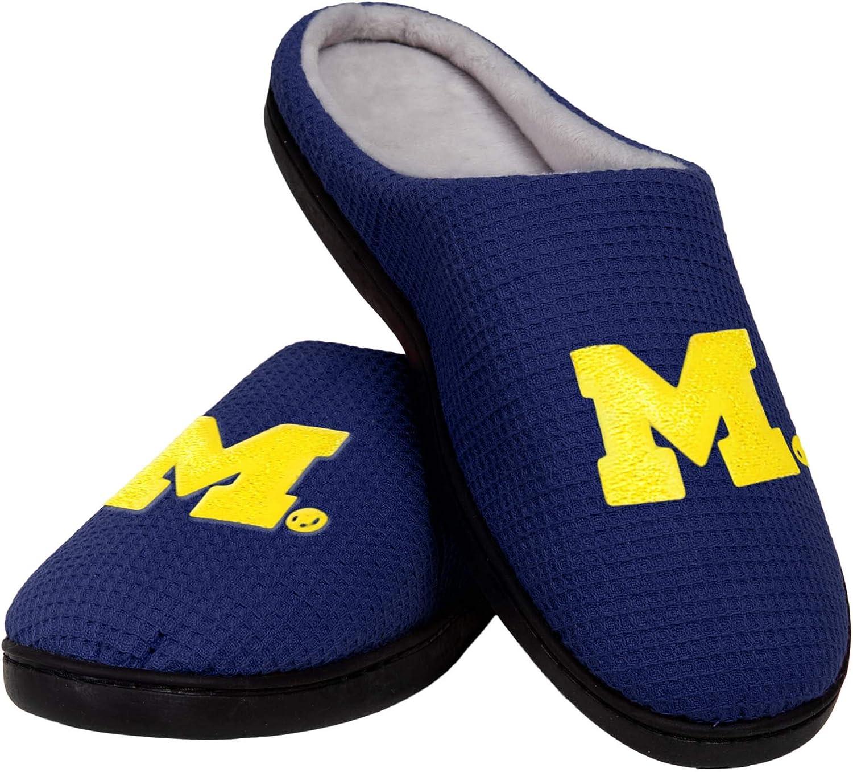 M Michigan Wolverines NCAA Mens Memory Foam Slide