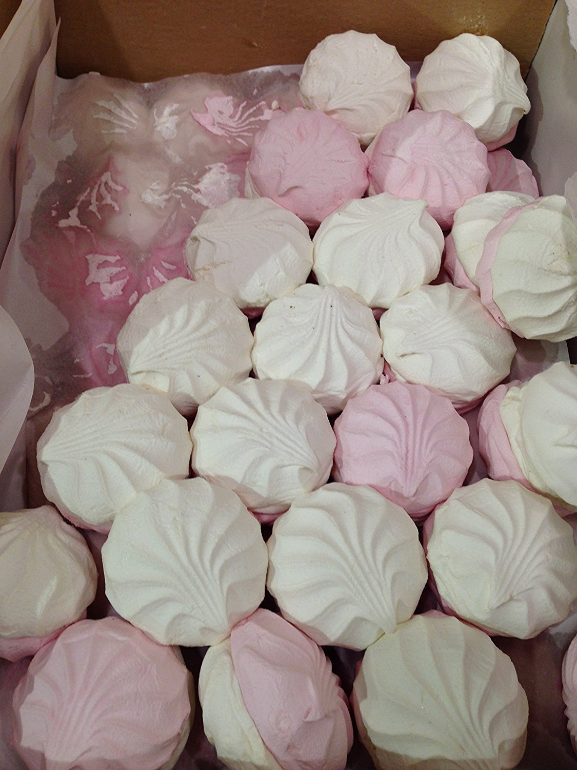 Imported Russian Loose Zefir (Marshmallow) 2LB, 900gr.  Includes Exclusive HolanDeli Chocolate Mints. by Neva