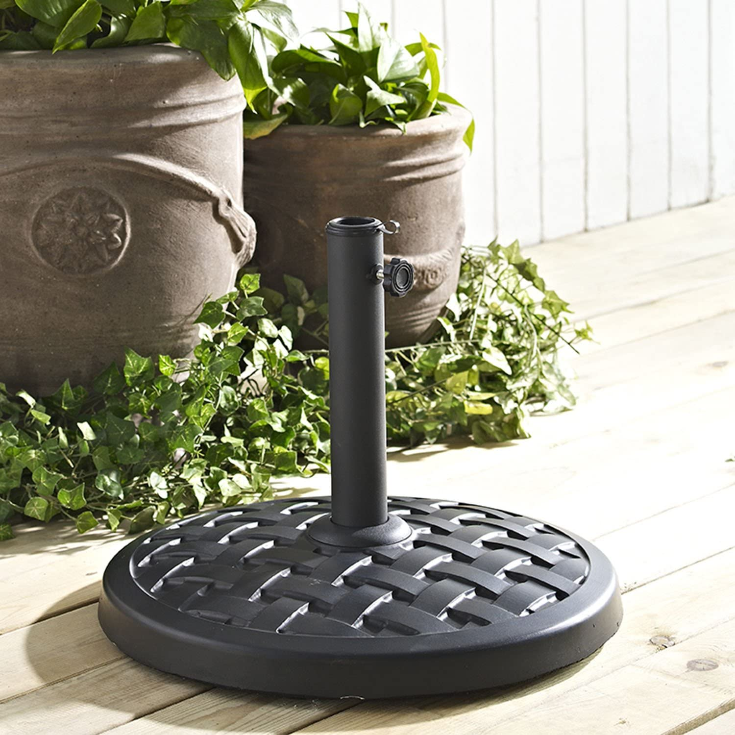 W. Designs Walker Edison Round Umbrella Base in Black