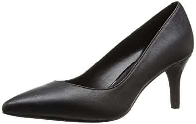 924513d797d2 Kenneth Cole REACTION Women s Bill-LATED Pointed Toe Dress Pump