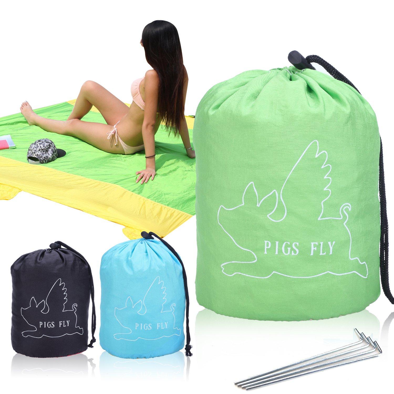 Pigs Fly Outdoor Sandproof Blanket - Green & Yellow (Green)