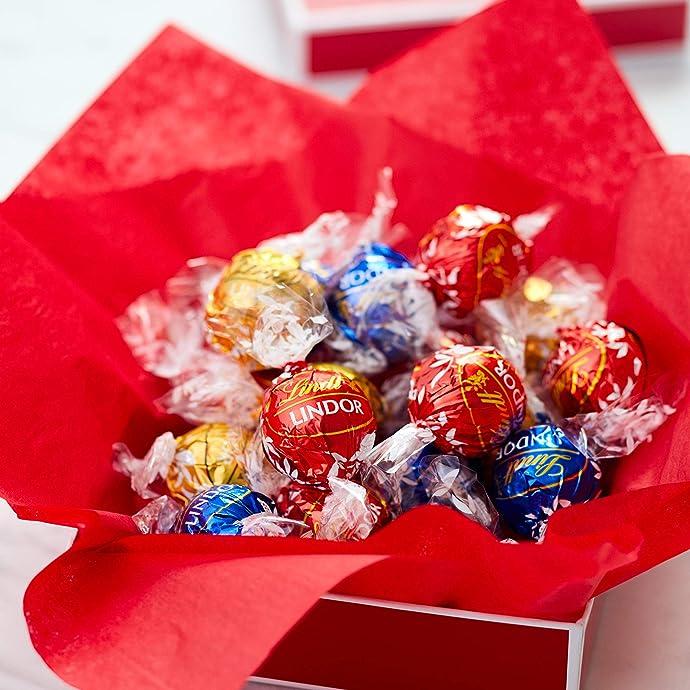 Lindt LINDOR 瑞士莲 什锦松露软心巧克力球盒装 36粒共432g 优惠券折后$8.02 海淘转运到手约¥89