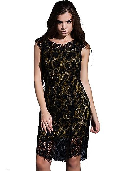 311e747b14b5 Amazon.com  Billie s Dress Boutique Lace Midi Dress  Clothing