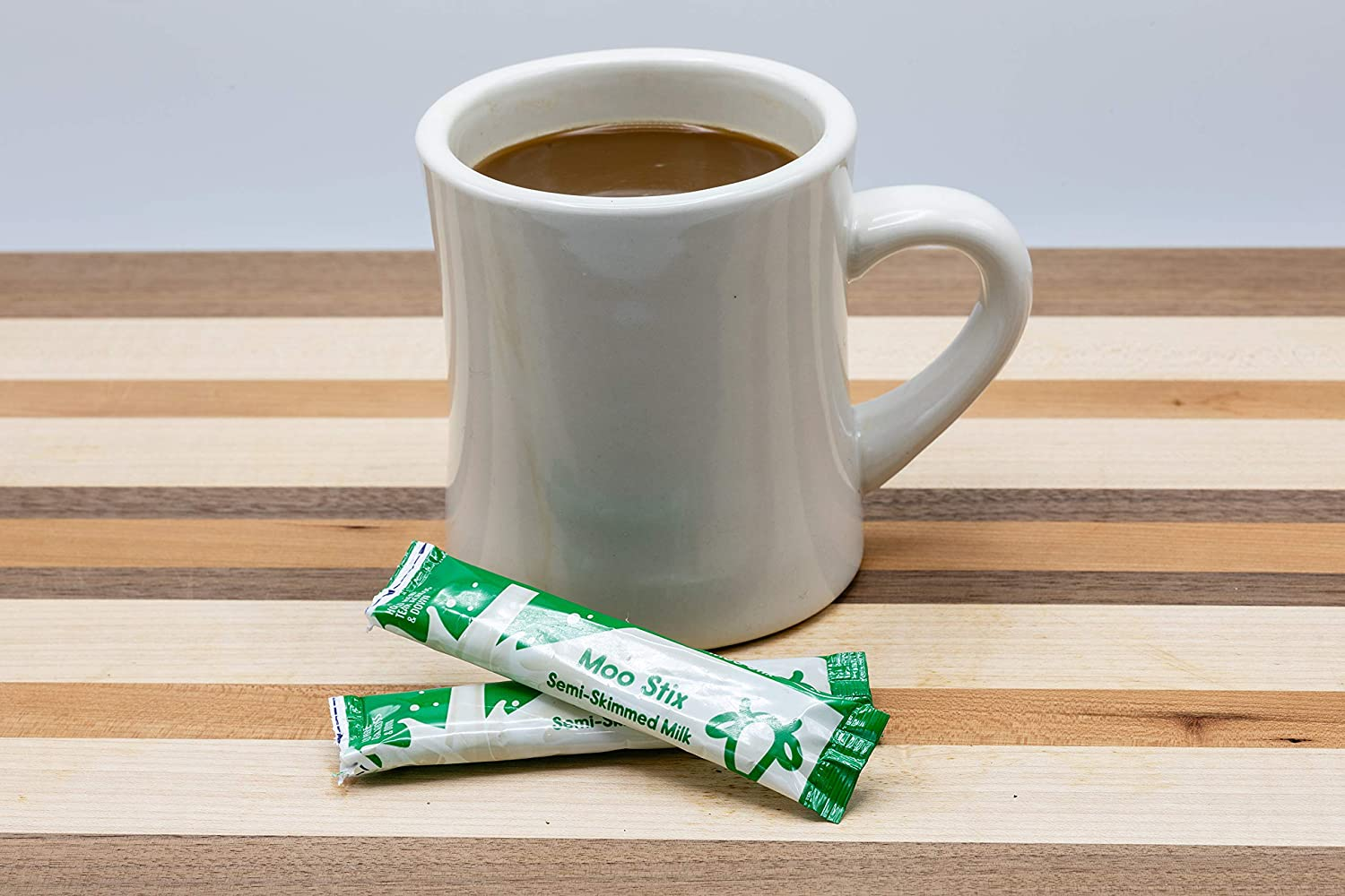 Moostix Semi Skimmed Milk Uht Sticks Pack Of 100 Pour Sachets Of Milk Into Coffee Or Tea Similar To Cups Or Jiggers Individual Dairy Shelf Stable