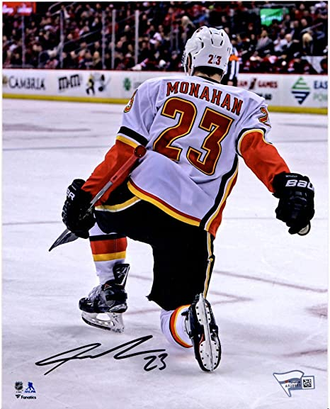 official photos 2678c be35a Sean Monahan Calgary Flames Autographed 8