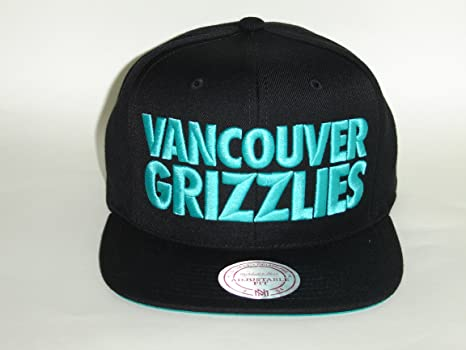 dae31229c1d Image Unavailable. Image not available for. Color  Mitchell And Ness NBA  Vancouver Grizzlies Classics Title Snapback cap