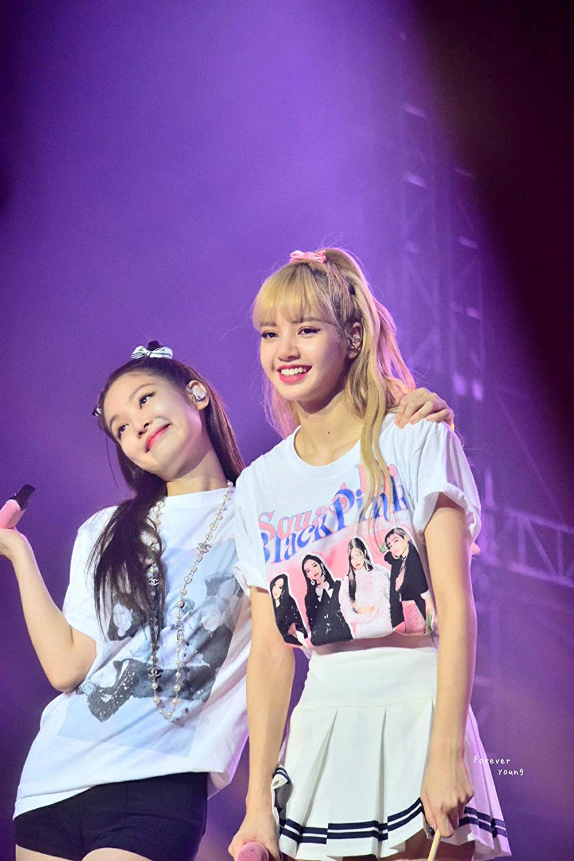 Xkpopfans Kpop Blackpink T-Shirt Concert Same Style Tshirts Lisa Rose Jennie Jisoo Tee Shirt