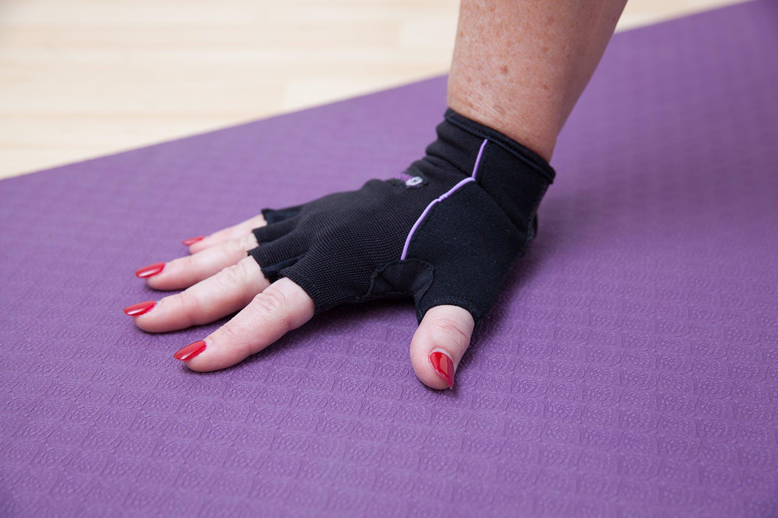 Amazon.com: BraceAbility Yoga Wrist Support Brace
